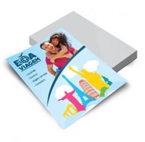 2.500 Folhetos - 148x210mm Couchê Brilho 150g - 4x0 Sem Verniz - Refile